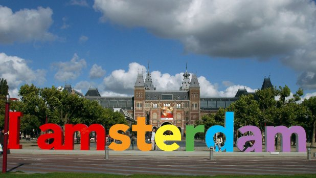 Resultado de imagem para LGBT amsterdam